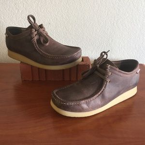 Clark's Stinson Lo Beeswax Leather Chukka Boots